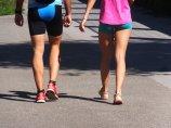 Nogi dwóch kobiet